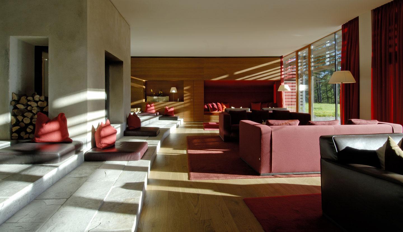 interior vigilius mountain resort matteo thun partners. Black Bedroom Furniture Sets. Home Design Ideas