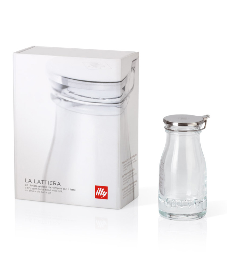 illy bar accessories, milk can with package