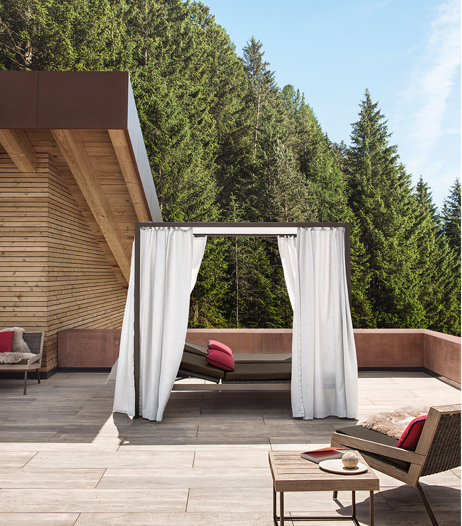 Allaperto, outdoor collection for Ethimo, the alcova