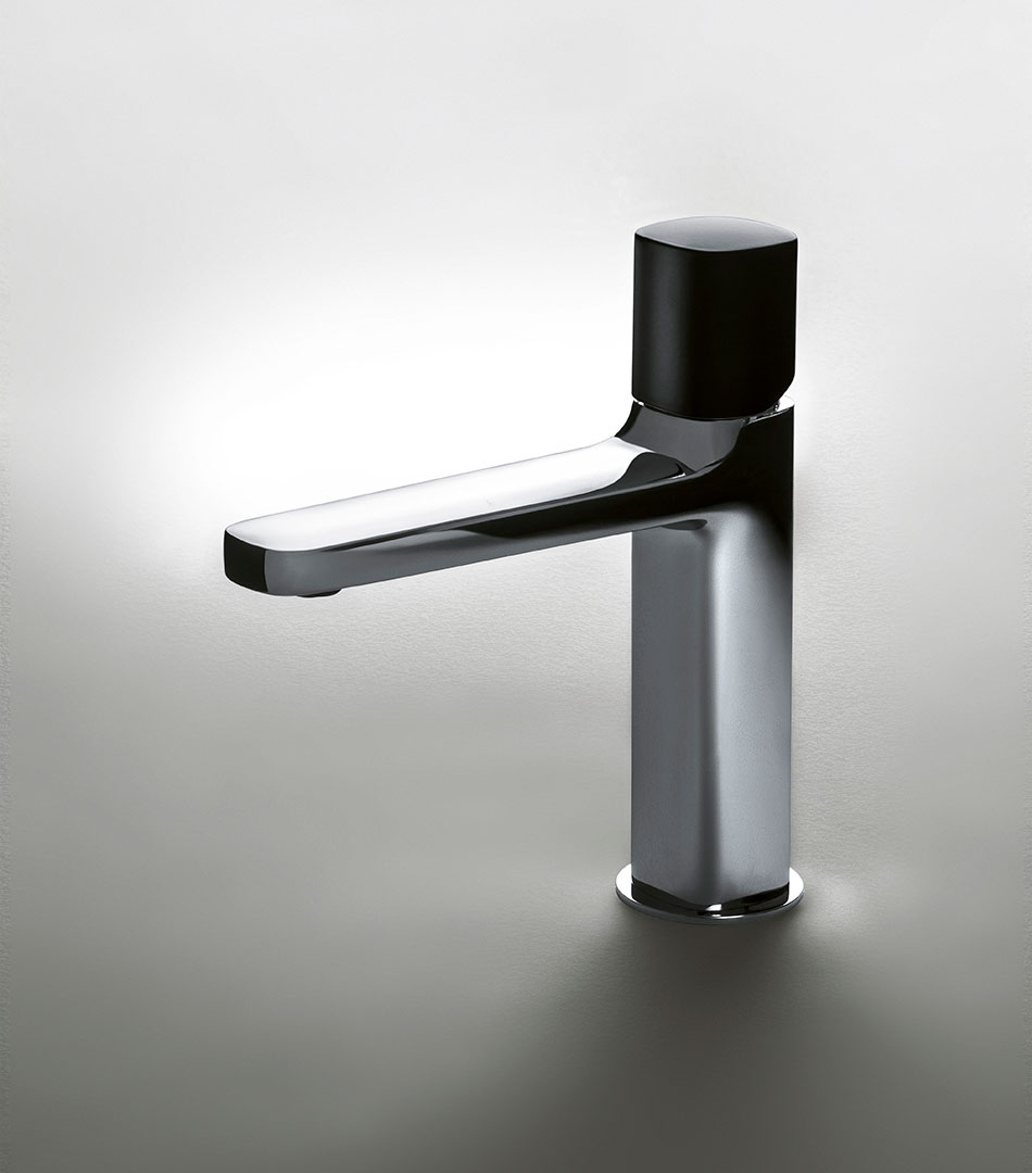 Lamé faucets for Fantini