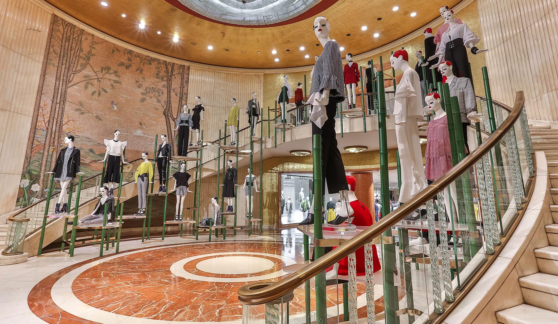 Grand Foyer Zara : Matteo thun partners