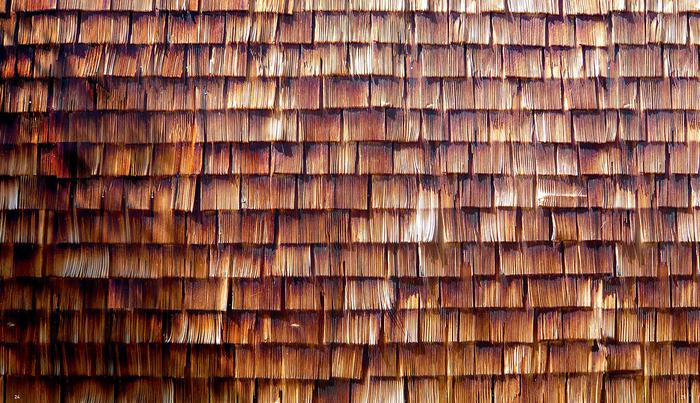 Detail of larch-shingle façade, Fire-House System, Bad Aibling (DE), 2011