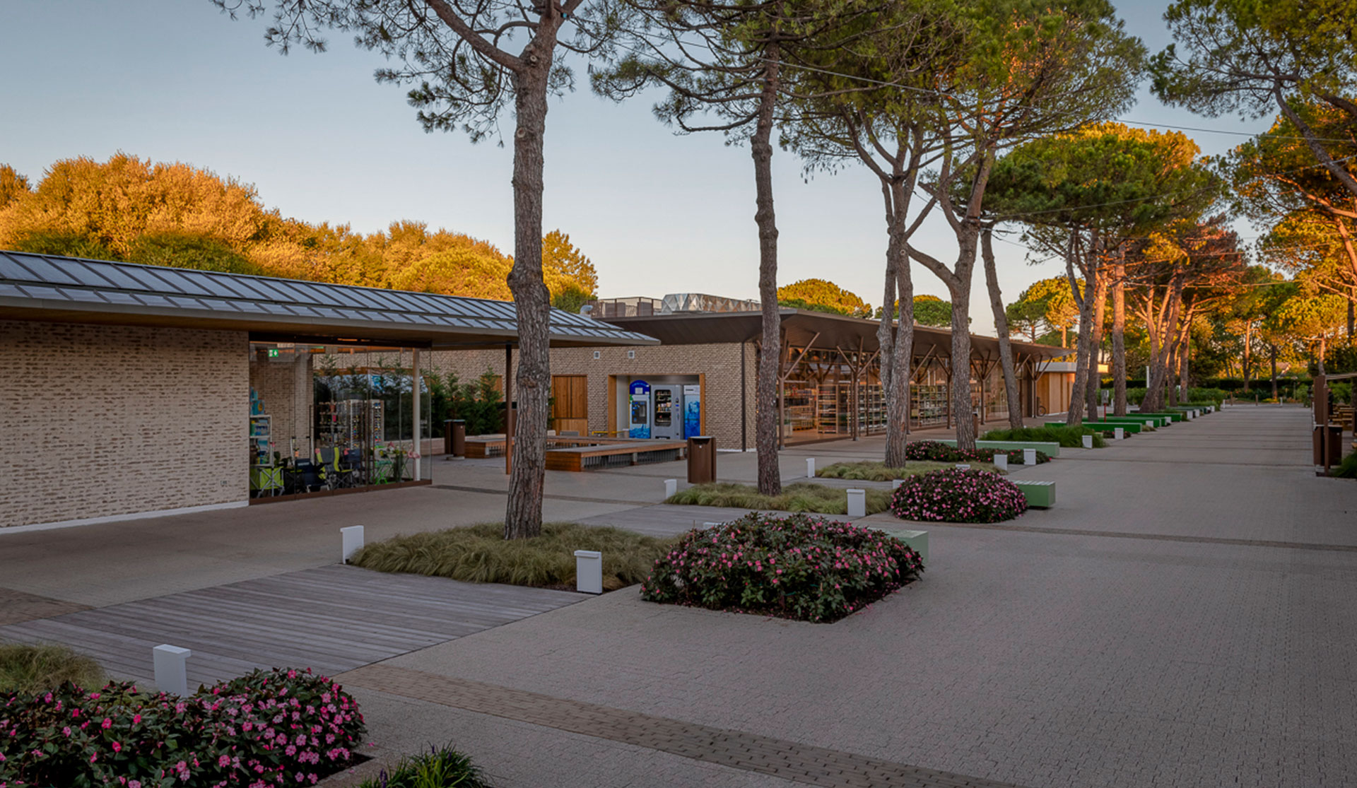 Covered market, Camping - Marina di Venezia (IT)